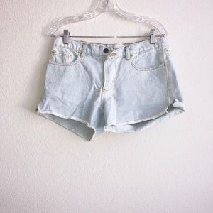 Oversized Boyfriend Light Denim Cut Offs